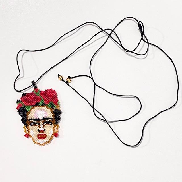 Collar Frida Kahlo Rosas Miyuki
