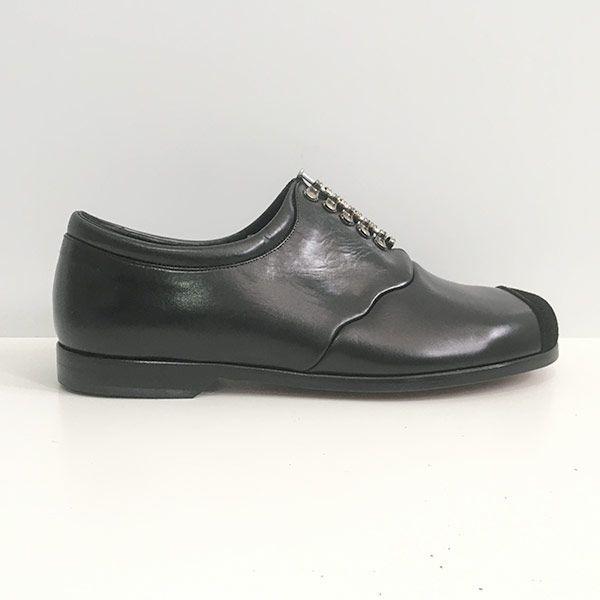 Zapato-Moosbacher-Clavo